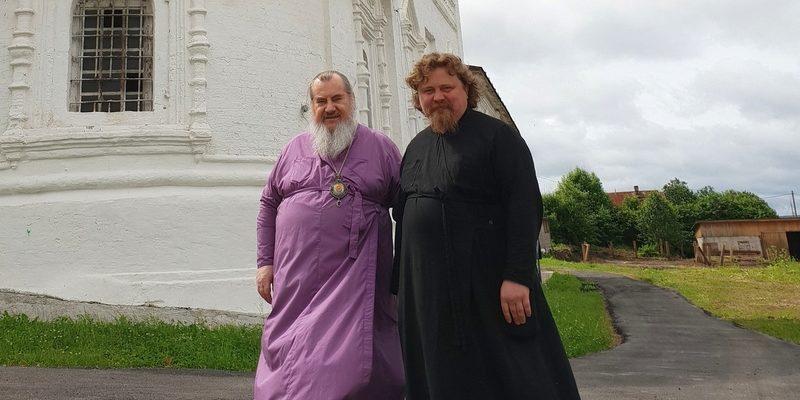 Архипастырь посетил Свято-Троицкий монастырь