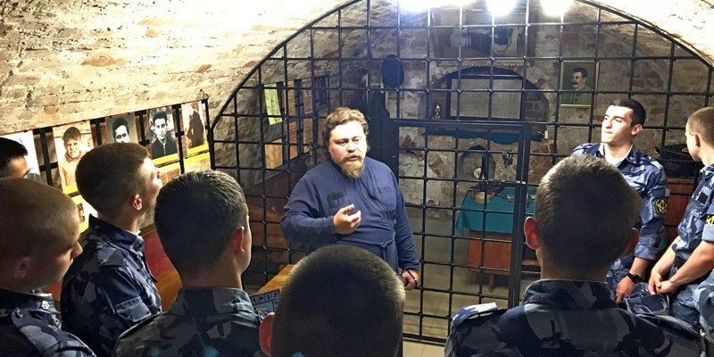 Учащиеся Пермского института ФСИН посетили монастырь